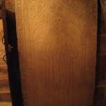 La pierre tombale de la Dame de St-Val
